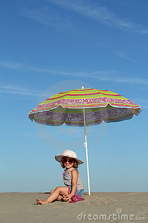 Free Little Girl Under Sunshade Stock Photography - 20857032
