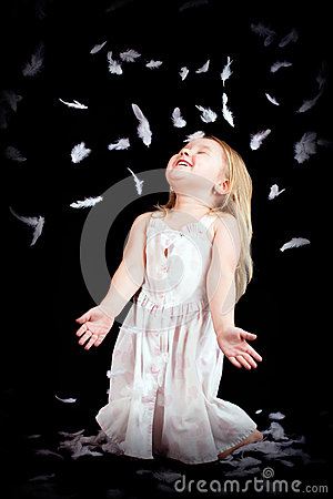 Free Little Girl With Falling White Feathers Royalty Free Stock Photos - 37156448