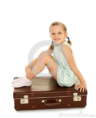 Free Little Girl With Suitcase Royalty Free Stock Photos - 63394458