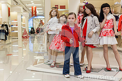 Little girls clothes stores