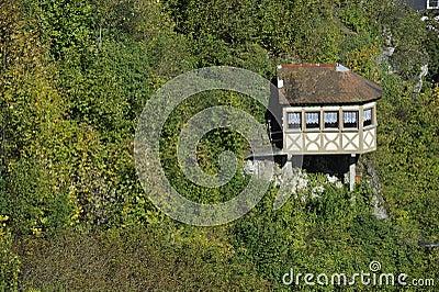 Little House at a Precipice