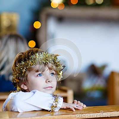 Free Little Kid Boy Playing An Angel Of Christmas Story In Church Stock Photos - 78306373