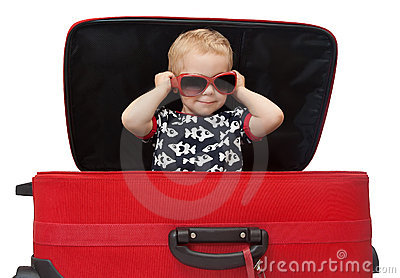 IMAGE(http://www.dreamstime.com/little-kid-in-sunglasses-looking-out-red-suitcase-thumb17798925.jpg)