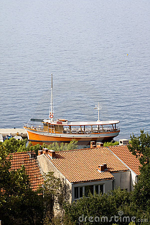 Little Passenger Ship