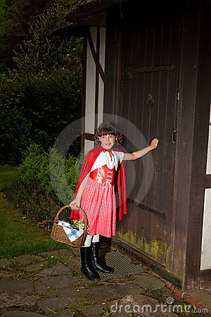 Little red riding hood arriving