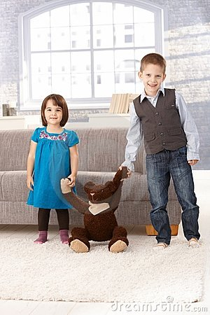 Free Little Sister And Brother With Teddy Bear Royalty Free Stock Photos - 18075838
