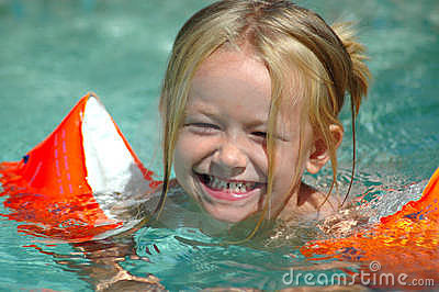 Little swimming pool girl royalty free stock photography image 5531007 for Swimming pools drank instrumental