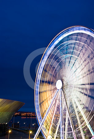 Free Liverpool Ferris Wheel In Motion Stock Photography - 24431082