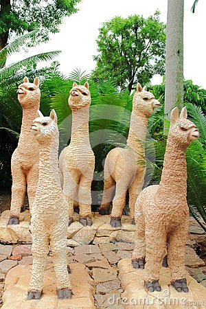 Free Llama Statue Stock Photo - 58439400