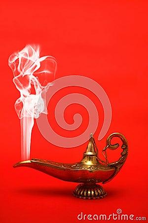 Lámpara de los genios que fuma