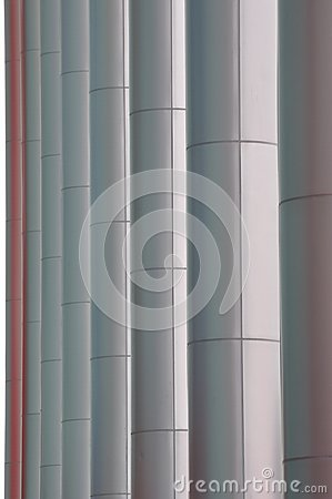 Línea de poste del edificio moderno