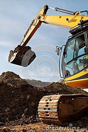 Loader excavator works in a quarry