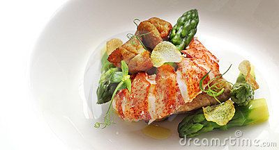 Lobster and veal sweetbread with asparagus