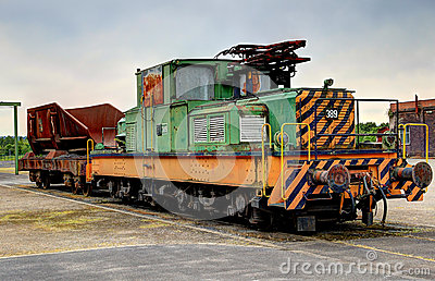 Locomotora eléctrica vieja