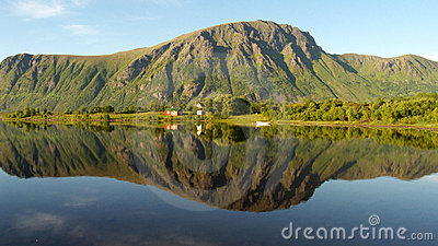 Lofoten s mirroring hill