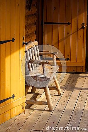 Log cabin portico