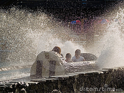 Log Flume Spray
