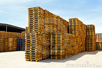 Logistic pallets