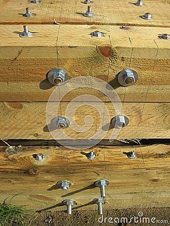Logs with screw