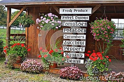 Lokal skyltfönsterStand för ny Produce