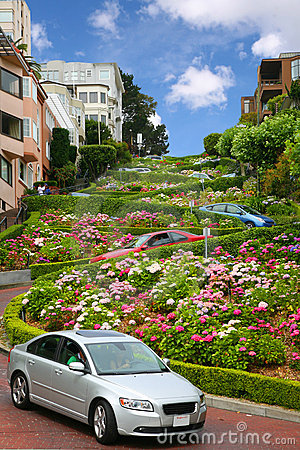Free Lombard Street, San Francisco, California Royalty Free Stock Photo - 7947465