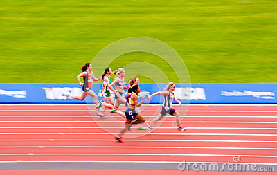 London 2012: motion blurred women s race Editorial Stock Image