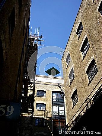 London 610