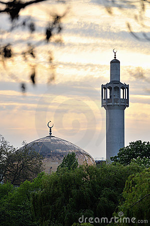 London Central Mosque (Regents Park Mosque)