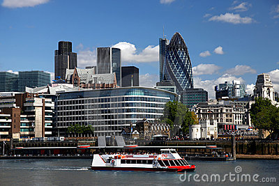 London with city cruise