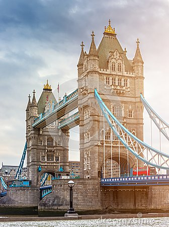 Free London, England - Tower Bridge, The Icon Of London On A Cloudy Morning With Traditional Red Double-decker Bus Royalty Free Stock Images - 114763249