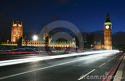 London landmark and city traffic at night