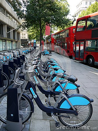 London public transport: bike hire and buses
