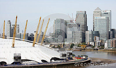 London skyline, include O2 Arena, skyscrapers in the background