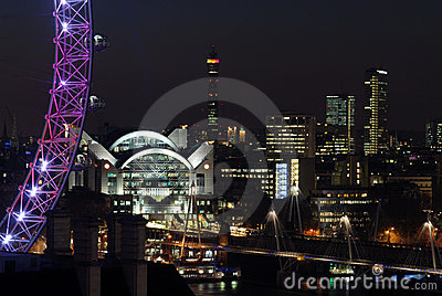 London skyline at night