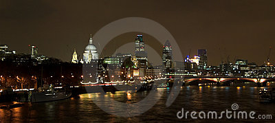 London skyline night scene
