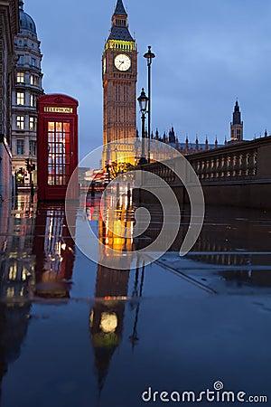 London symbols: telephone box, clock Big Ben