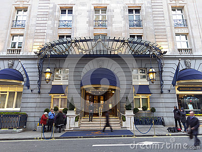 The Ritz hotel where Margaret Thatcher has died Editorial Stock Image