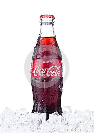 Free LONDON, UK - JANUARY 02, 2018: Cold Glass Bottle Of Coca Cola Dr Stock Photos - 107072473