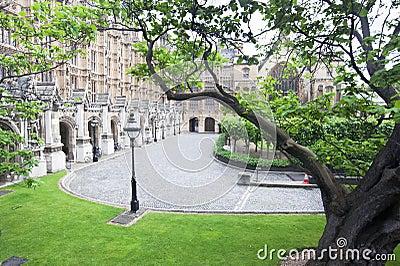 London Victoria Garden Westminster