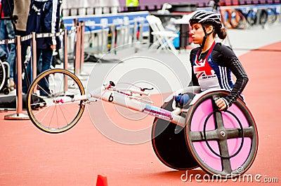 Londres 2012 : athlète sur le fauteuil roulant Photo stock éditorial