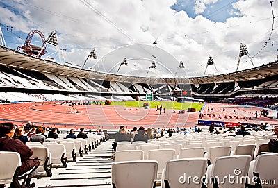Londres 2012: estádio olímpico Imagem Editorial
