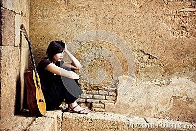 Lone guitarist