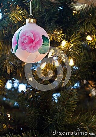 Lone ornament