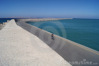 The lonely bicyclist in Heraklion