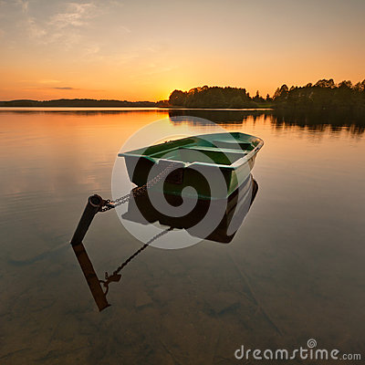 Free Lonely Rowing Boat Royalty Free Stock Photography - 45691617