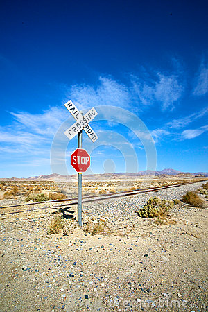 Free Lonely Stop Sign Railroad Crossing Stock Photography - 34489352
