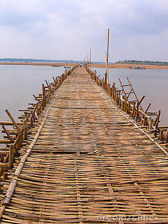 Long bamboo bridge from Kampong