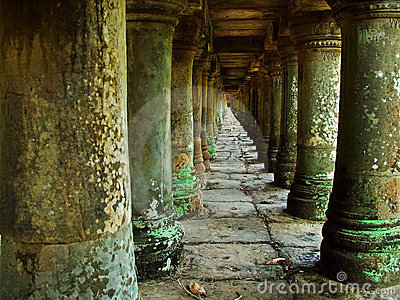 Long corridor of pillars