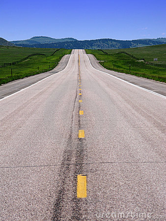 Free Long Empty American West Country Road And Hills Royalty Free Stock Photo - 5578775