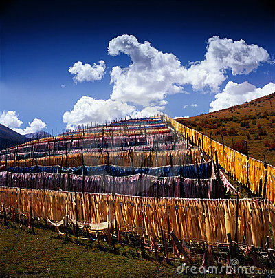 Long narrow flags in Tibet